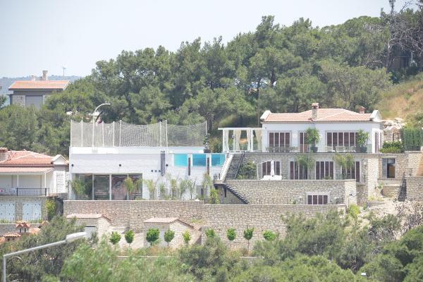 Mesut Özil, balayını Çeşme'de yapacak