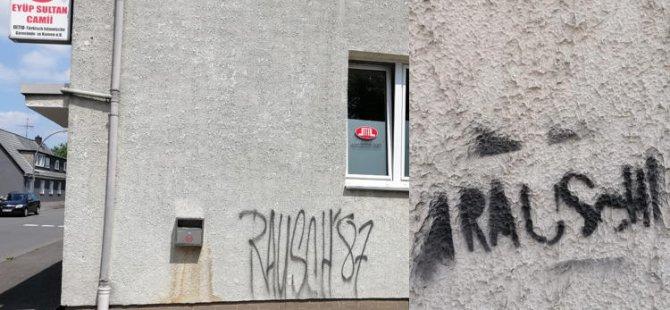 Almanya'da yeni bir ırkçı hareket sinyali