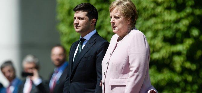 Merkel korkuttu