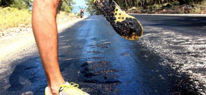 Avrupa'da sıcağa asfaltlar bile dayanamadı