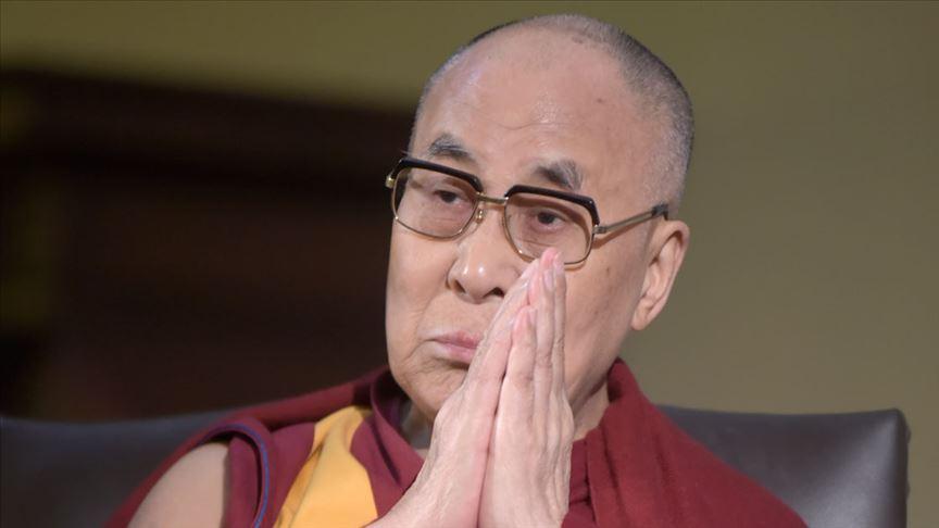 Dalai Lama kadınlar ve mültecilerden özür diledi
