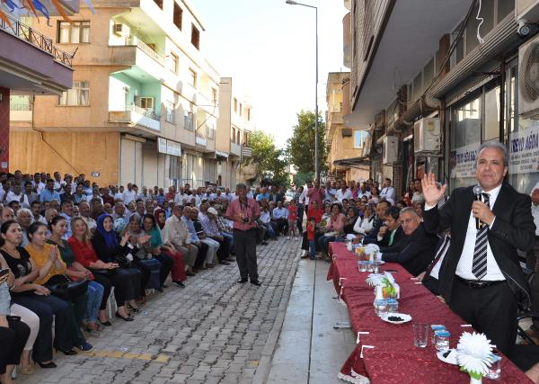 AK Partili Gül: 78 milyonun huzurunu kimseye peşkeş çekmeyeceğiz
