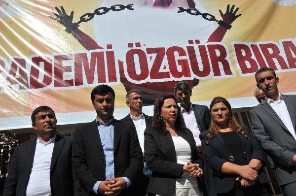 HDP'li vekillerden bayram ziyareti