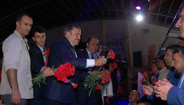 Bakan Eroğlu: Cizre'de seçim güvenliği açısından sandıklar kaydırıldı
