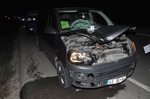 Yasemin, yakınlarının gözü önünde kazada öldü