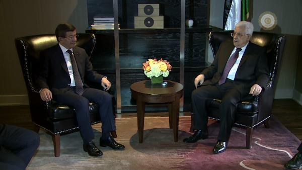 Başbakan Davutoğlu, Filistin Devlet Başkanı Mahmud Abbas ile görüştü