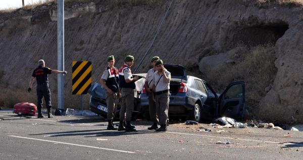 Kayseri'de trafik kazası: 2 ölü, 7 yaralı