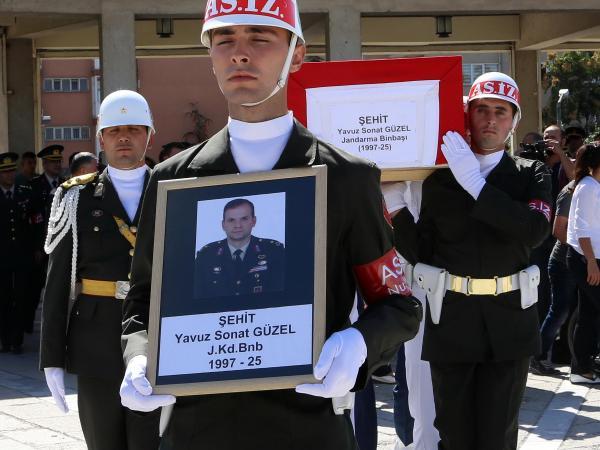 Şehit Binbaşı Güzel'e uğurlama töreni - ek fotoğraflar