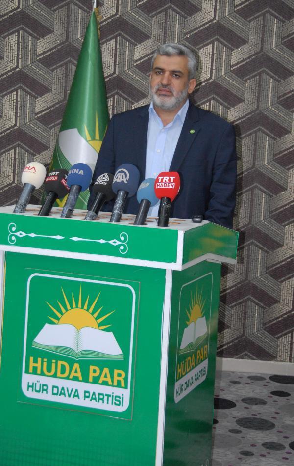 Diyarbakır'da PKK'lılar Hüda- Par üyesinin evine saldırdı
