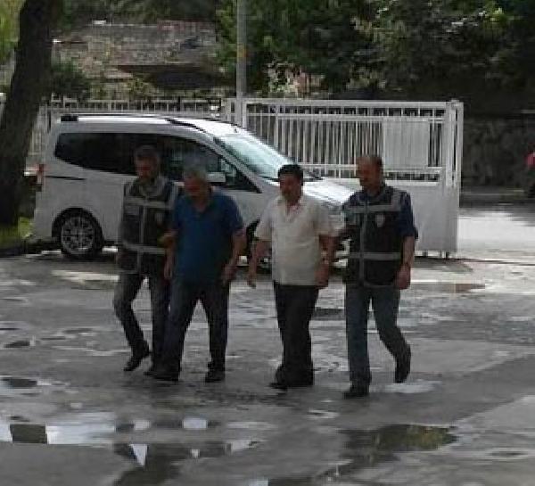 Sahte kimlikle kredi çekmek isteyen 2 kişi tutuklandı