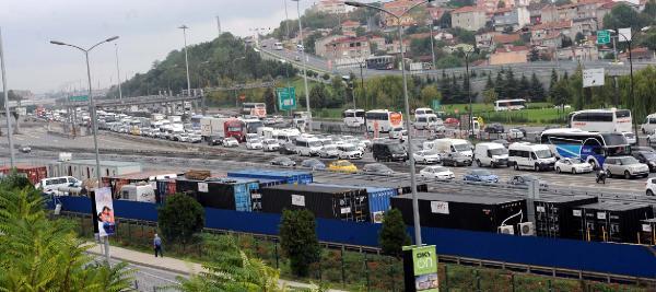 Okulun ilk gününde trafik