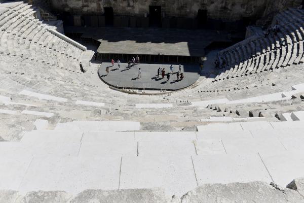Aspendos restorasyonunda 'mutfak mermeri' eleştirisi