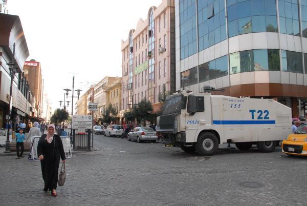 Diyarbakır'ın Sur İlçesi'nde patlama: 5 yaralı -  fotoğraflar
