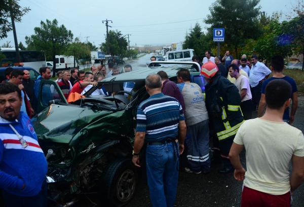 Ehliyetsiz sürücünün çarptığı kamyonetin sürücüsü öldü