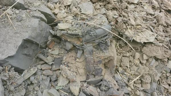 Hakkari'de yola döşenen mayın düzeneği son anda fark edilerek imha edildi