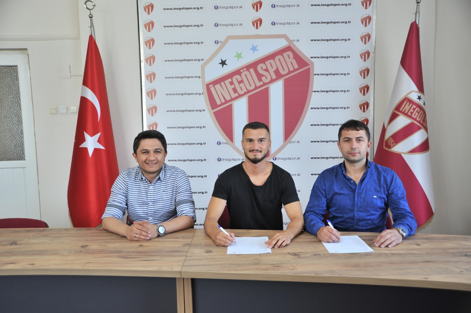 İnegölspor'a gurbetçi orta saha oyuncusu