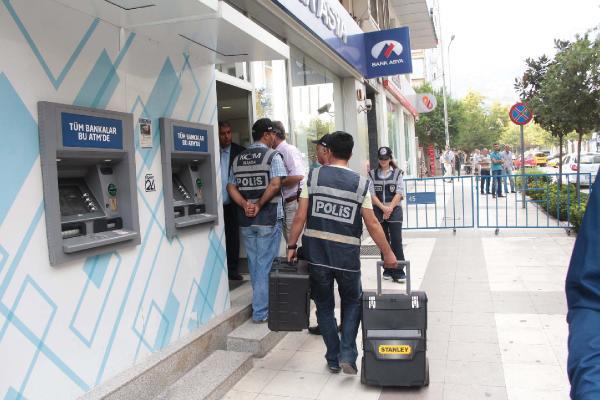 Bank Asya Manisa Şubesi'nde arama