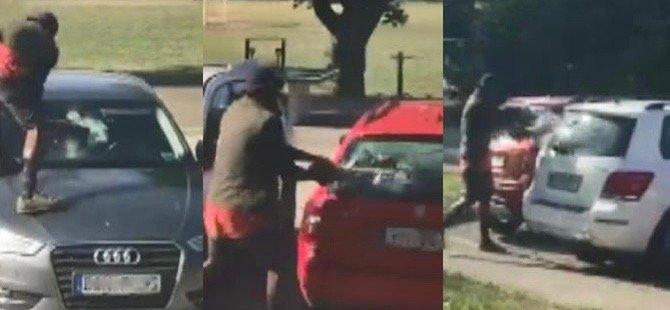 Sığınma başvurusu reddedilince otomobillere saldırdı