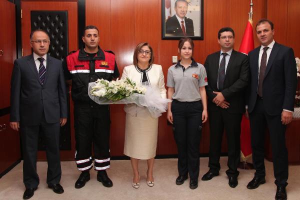 Gaziantep'te itfaiye erlerinden Fatma Şahin'e ziyaret