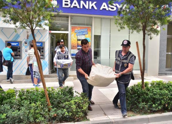 Bank Asya Manisa Şubesi'nde arama (2)