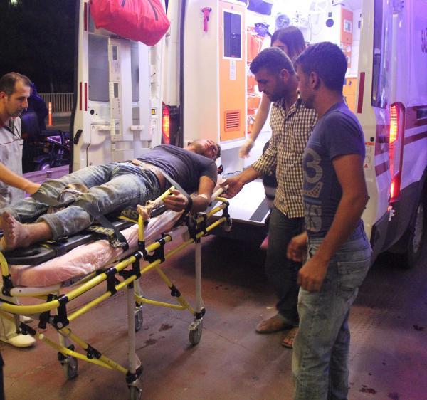 Şanlıurfa'da traktör devrildi: 3 yaralı