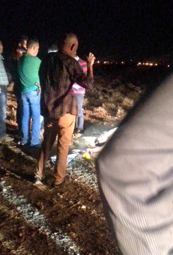 Akçakale'de boş arazide ceset bulundu
