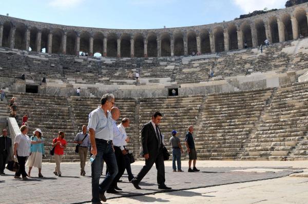 'Aspendos en uygun şekilde restore edilmiş'