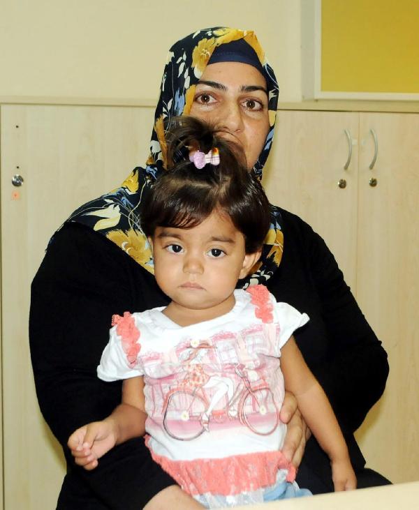 Türkiye'de ilk defa 6.5 kiloluk çocuğa böbrek nakli