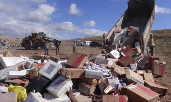 Uşak'ta 237 bin paket kaçak sigara imha edildi