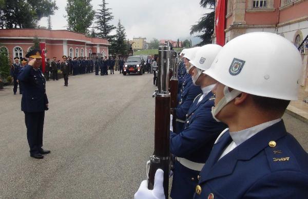 Işıklar Askeri Hava Lisesi'nde yeni eğitim öğretim yılı törenle başladı