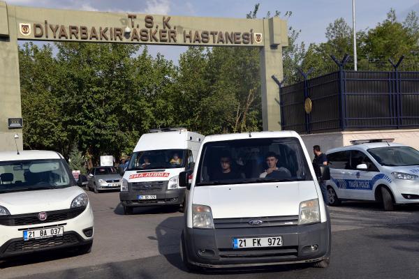 Silvan'da PKK'lı saldırısı; 1 astsubay, 1 uzman çavuş şehit (4)