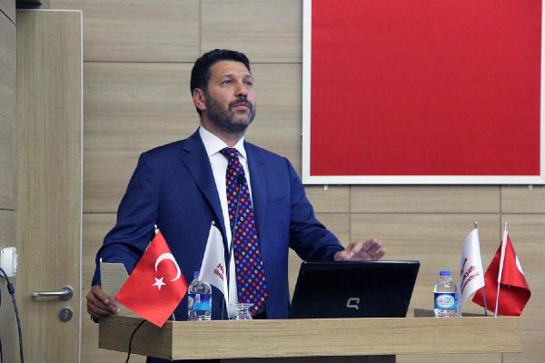Melikşah Üniversitesi'nde ödül töreni Memduh Boydak'ın katılımıyla gerçekleşti