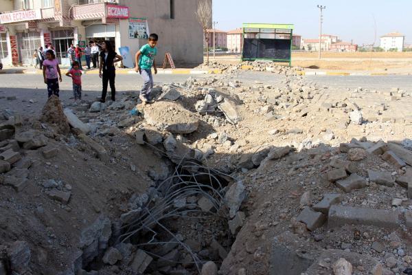 Silopi'de PKK'lı terörister, hastane yoluna bomba koydu