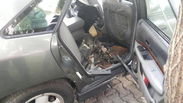 Güroymak Kaymakamının makam aracına konan bomba son anda fark edildi - ek fotoğraf