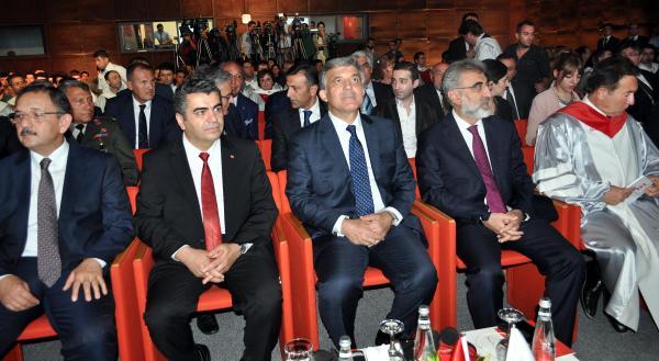 Abdullah Gül: Gazeteciye saldırı tasvip edilemez, yapanlar mutlaka cezalandırılmalı (3)