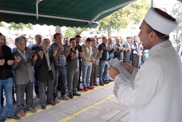 Kayseri'de İsrail'e tepki ve Hac'da ölenler için gıyabi cenaze namazı