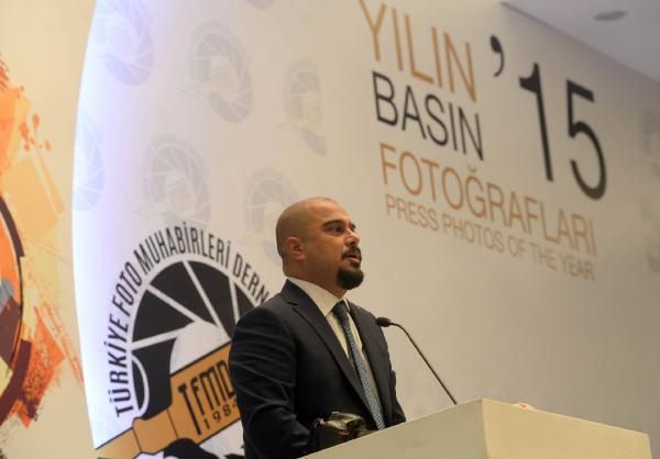 Kılıçdaroğlu, Türkiye Foto Muhabirleri Derneği ödül gecesine katıldı