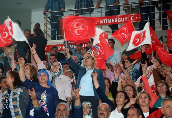 MHP Genel Başkanı Bahçeli, 1 Kasım 2015 seçim beyannamesini açıkladı