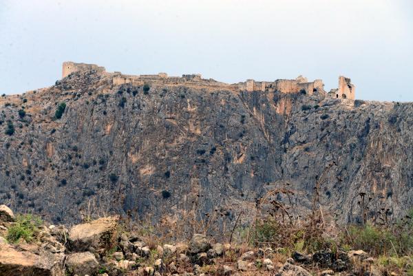 Anavarza'da gladyatörlerin dövüş alanı bulundu