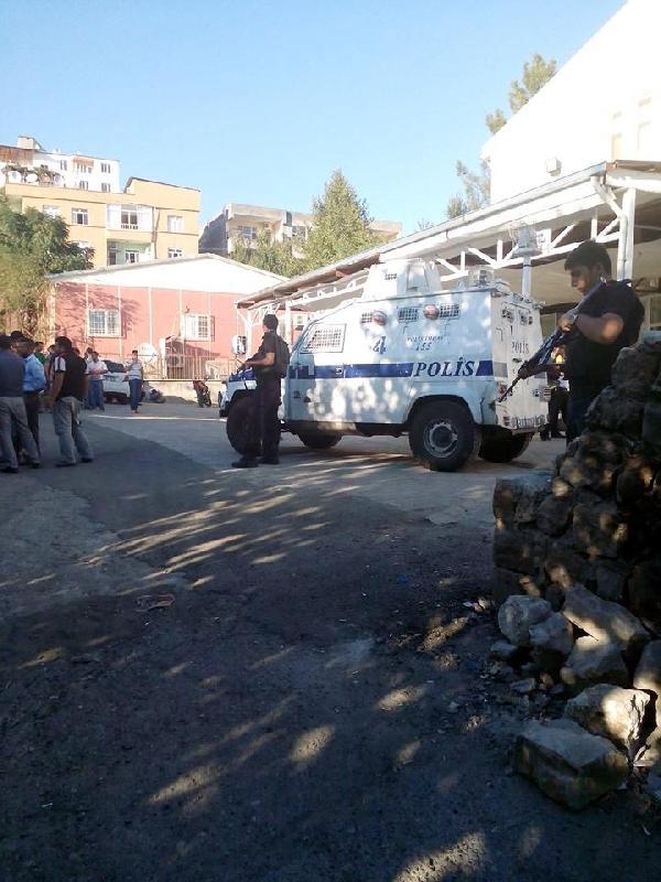 Silvan'da operasyon sürüyor; 4 gözaltı