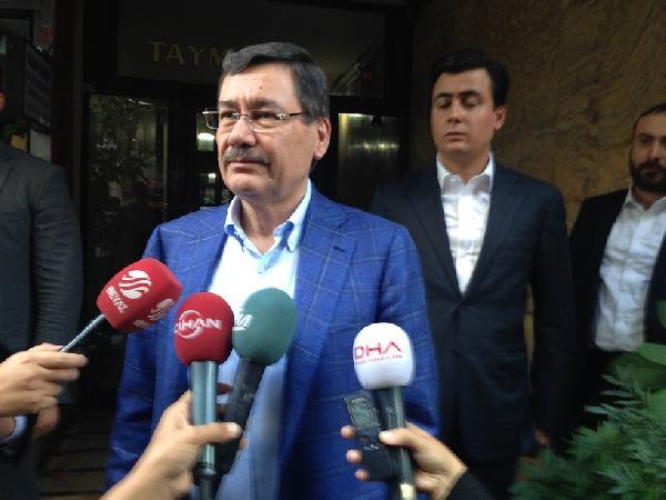 (EK FOTOĞRAF) - Melih Gökçek'ten Ahmet Hakan'a ziyaret...