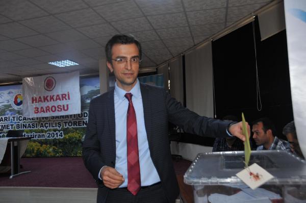 Hakkari barosu'nun yeni Başkanı Av. Serdar Işık oldu