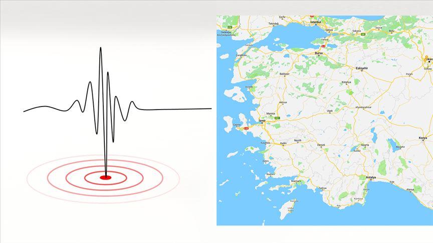 Ege'de 8 saatte 114 deprem