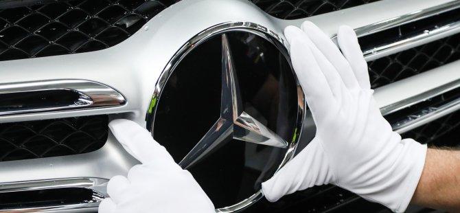 Mercedes, gizlice yerleştirdiğini itiraf etti