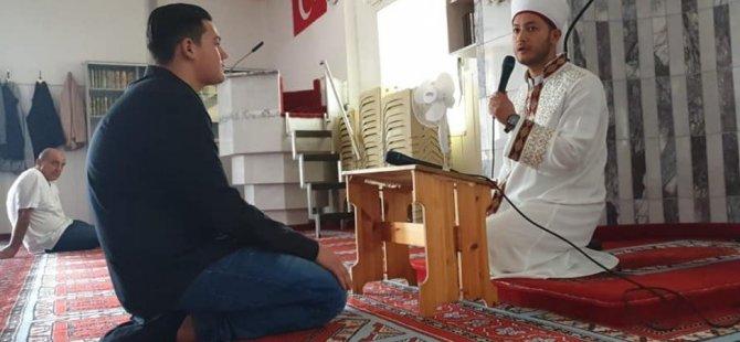 İtalyan genç İslamiyeti seçti