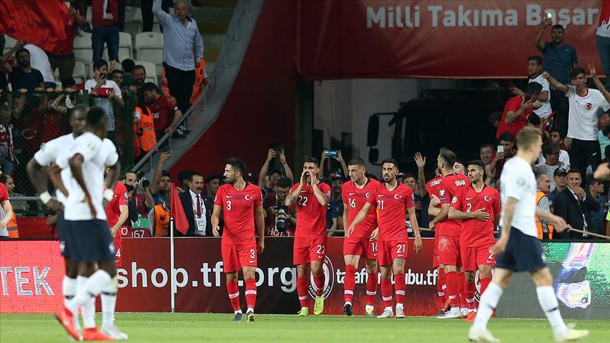 Futbolda milli mesai başlıyor