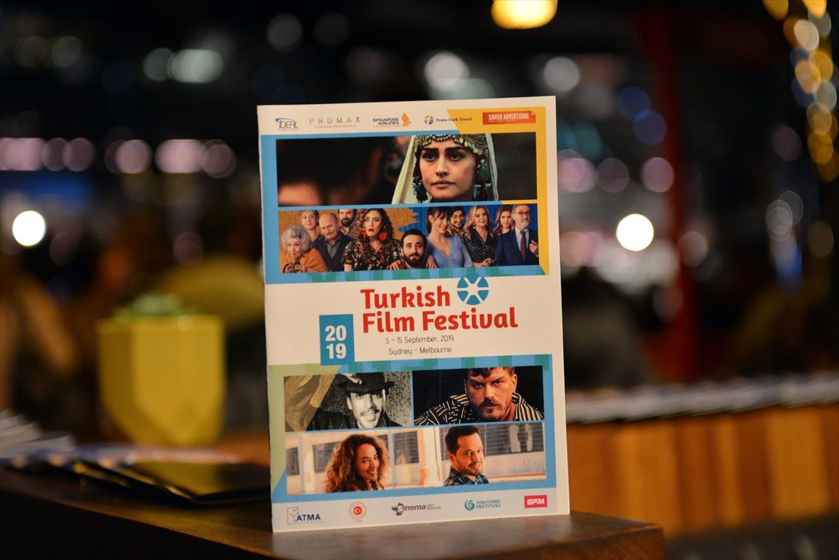 Türk film festivalini Aykut Enişte başlattı