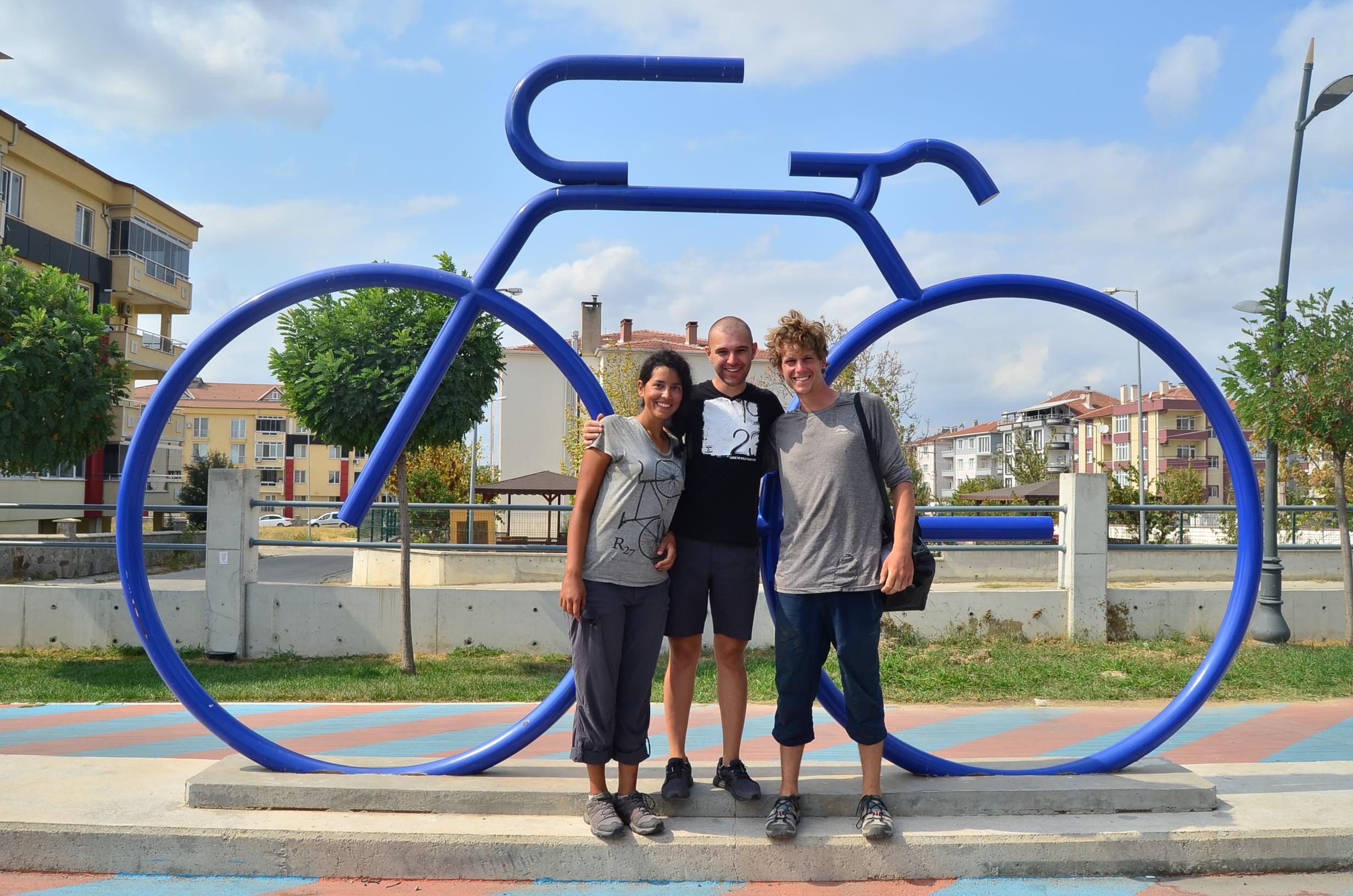 Fransa'dan bisikletle Türkiye'ye geldiler