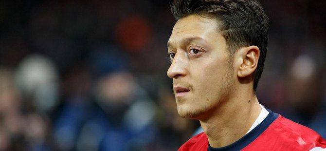 Mesut Özil'den Türkistan paylaşımı