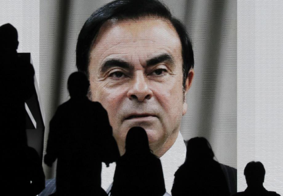 Ghosn, Renault'u mahkemeye verdi